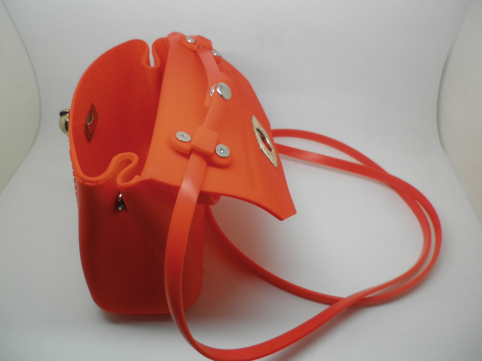 http://www.refinehksilicone.cn/data/images/product/20180417104424_128.JPG
